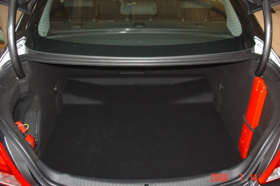 Opel Insignia Sedan and Liftback 2009- (boot 2)